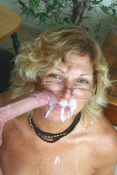 Loses her virginity fucked